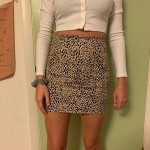 brandy melville cheetah print skirt